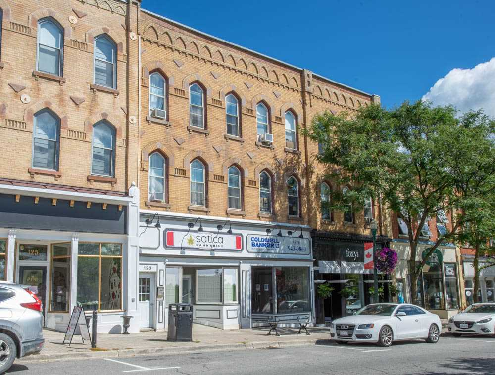 **SOLD** 123 Broadway Unit C, Orangeville MLS Real Estate Listing